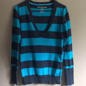 Aeropostale V-Neck Sweater-Size L